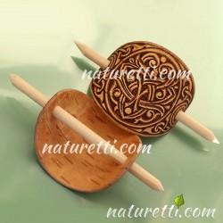 Haarschmuck mit Holzstab