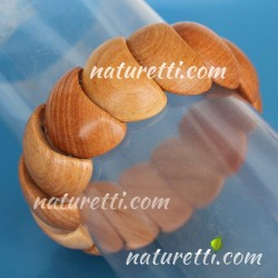Eleganter Armschmuck aus Holz dehnbar
