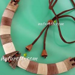 Damen Halskette aus Holz mit Bernstein
