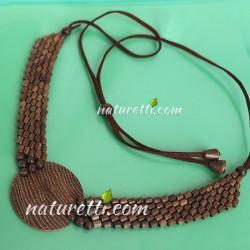 Holzschmuck, Halskette aus gemasertem Holz