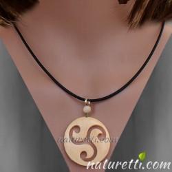 Glücksbringer, Amulett Triskele