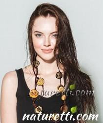 Halsketten aus Holz lang und mittellang. Designer Holzschmuck